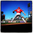 Logan Ondrusek of the Reds throws a bullpen session before today's NLDS game 2 against the Giants.